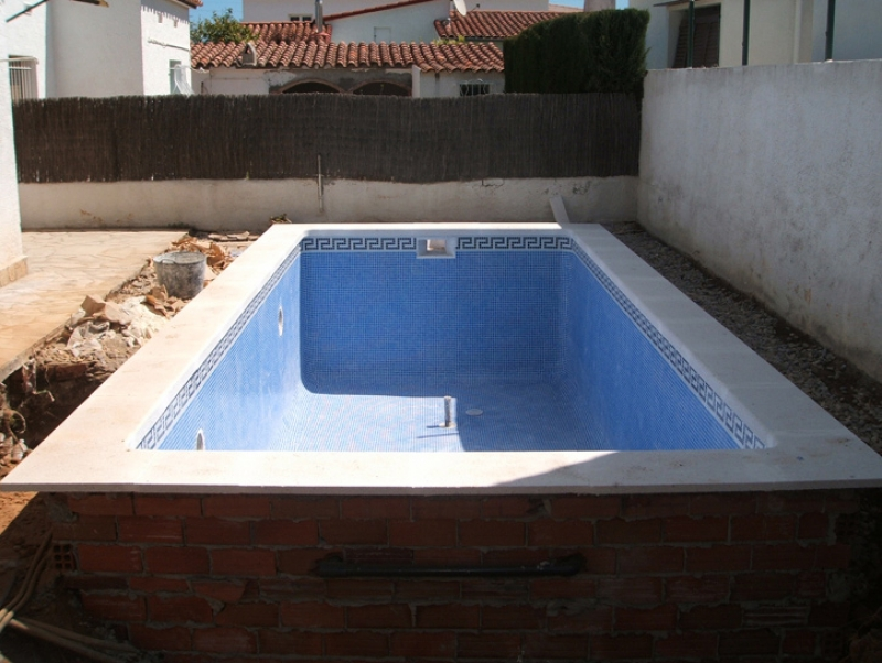 for Piscine prefabriquee